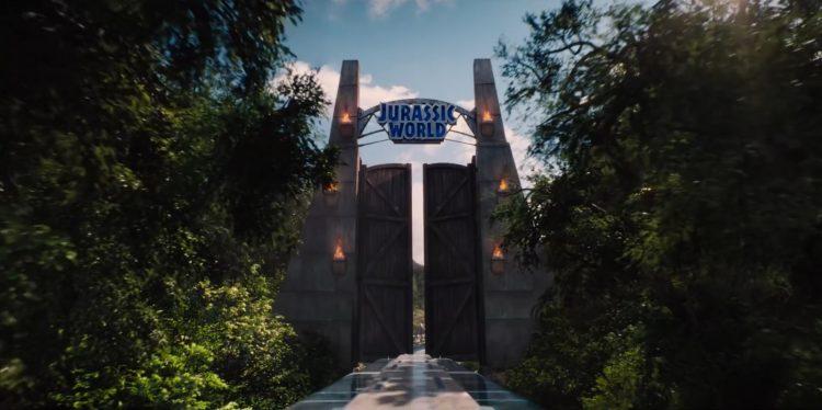 Music from Jurassic World (2015)