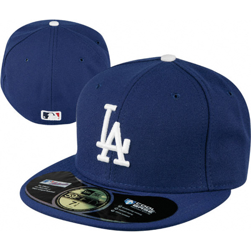 LA Dodgers hat Dr. Dre in Straight Outta Compton (2015) 21d8eb52662