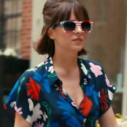 Sunglasses Dakota Johnson in How to Be Single (2016)