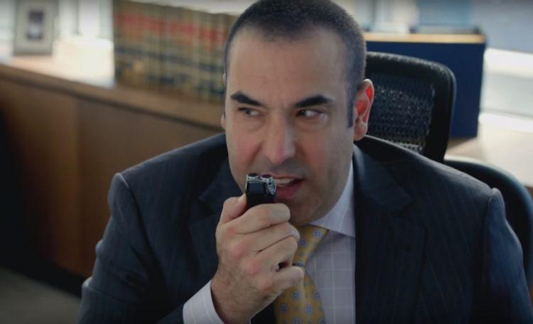 Voice recorder Louis Litt in Suits