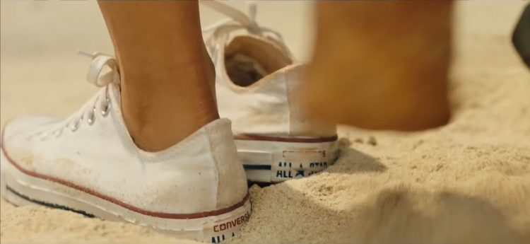 Shoes Blake Lively in The Shallows (2016)