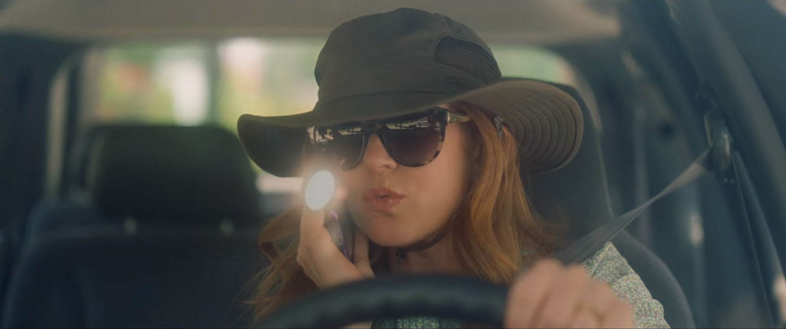 Safari hat Isla Fisher in Keeping up with the Joneses (2016) ee1b3ce01af8