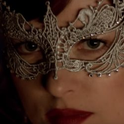Mask Dakota Johnson Fifty Shades Darker (2017)