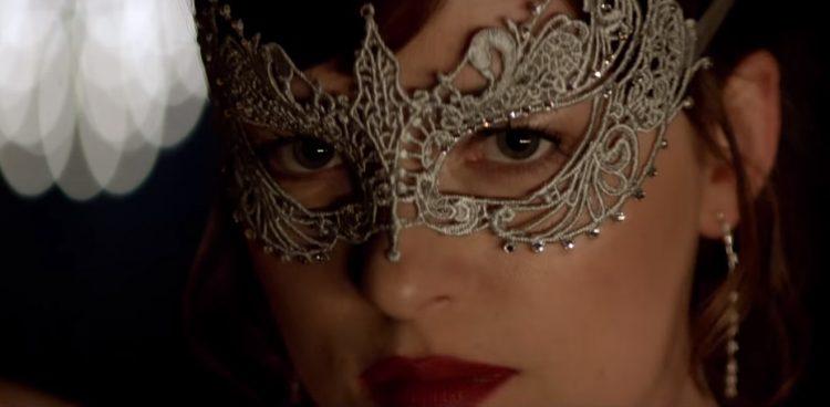 Mask Dakota Johnson Fifty Shades Darker (2017)
