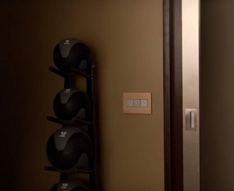 Medicine Ball Rack Jamie Dornan in Fifty Shades Darker (2017)