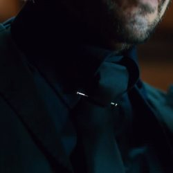 Collar Bar Pin Keanu Reeves in John Wick: Chapter 2 (2017)