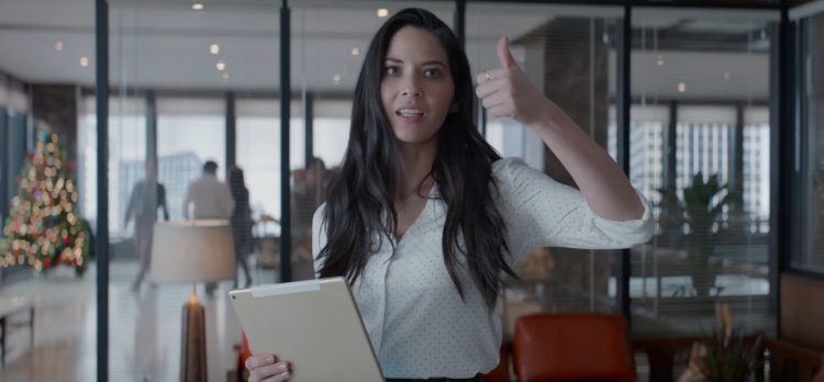 White shirt (with dots) Olivia Munn in Office Christmas Party (2016)