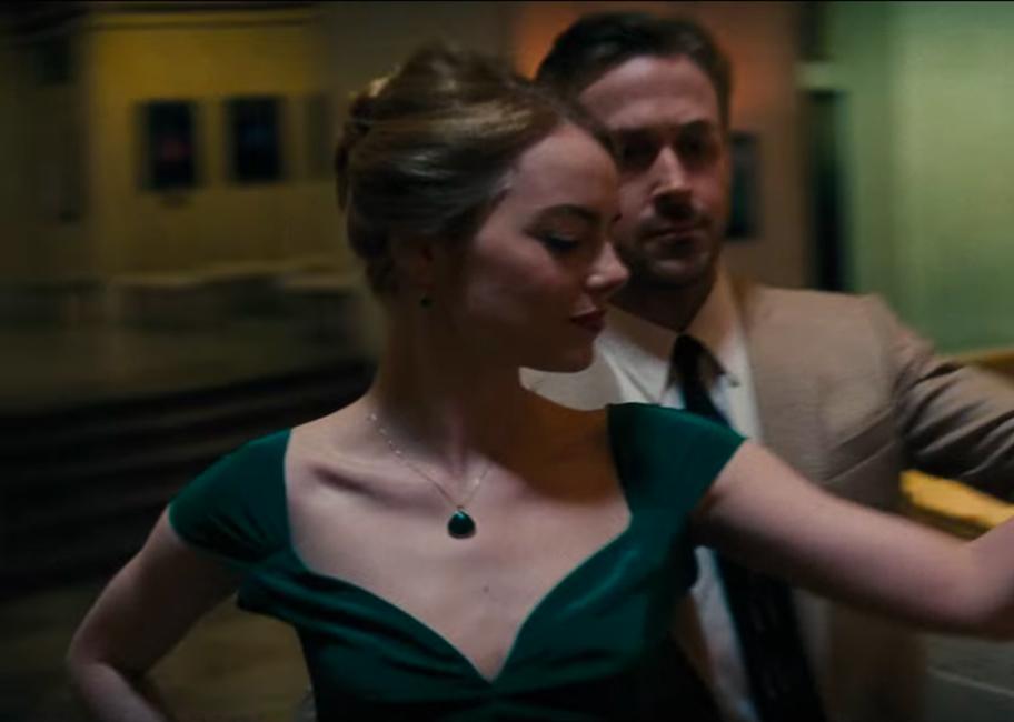 Green stone pendant necklace Emma Stone in La La Land (2016)