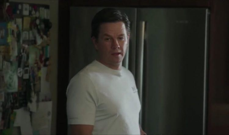 T-Shirt Mark Wahlberg in Patriots Day (2016)