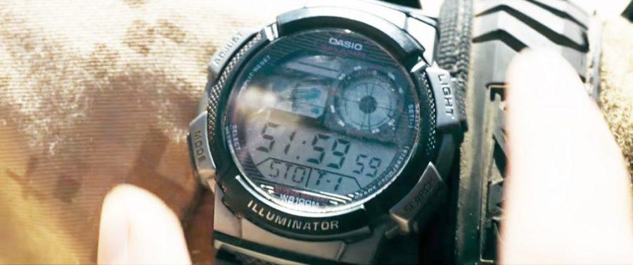 Wristwatch Armie Hammer in Mine (2016)