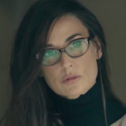 Cat eye glasses Demi Moore in Blind (2017)