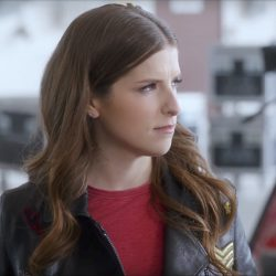 Black leather jacket with patches Anna Kendrick in Pitch Perfect 3 (2017)
