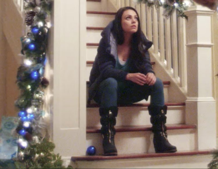 Black boots Mila Kunis in A Bad Moms Christmas (2017)