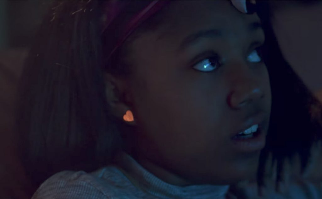Heart stud earrings Taliah Webster in Good Time (2017)