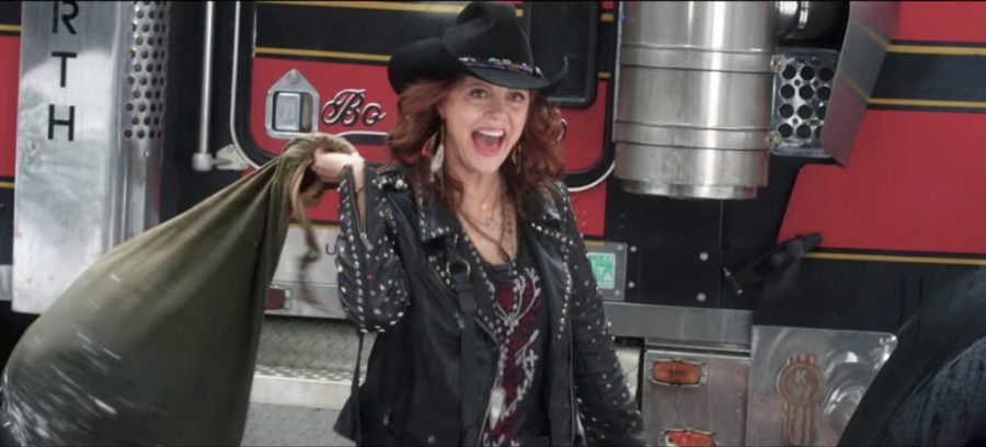 Studded biker jacket Susan Sarandon in A Bad Moms Christmas (2017)