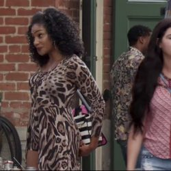 Black and white striped telephone bag Tiffany Haddish in Girls Trip (2017)