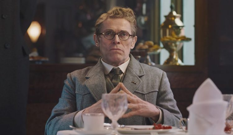 Glasses Willem Dafoe in Murder on the Orient Express (2017)