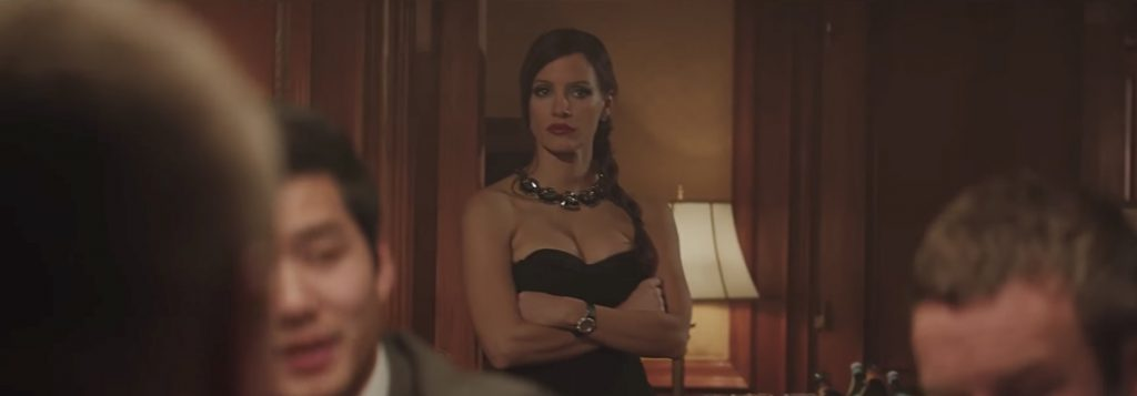 Large black stones necklace Jessica Chastain in Molly's Game (2017)