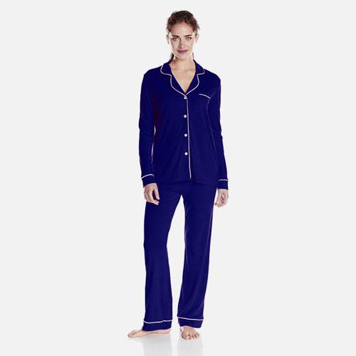 Navy blue pajama Regina Hall in Girls Trip (2017)