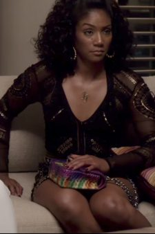Python skin rainbow colored crossbody bag Tiffany Haddish in Girls Trip (2017)