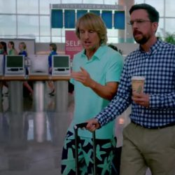 Starfish shorts Owen Wilson in Father Figures (2017)