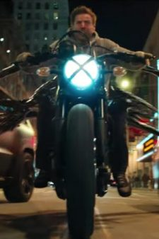 Motorcycle Tom Hardy in Venom (2018)