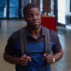 Backpack Kevin Hart in Night School (2018)