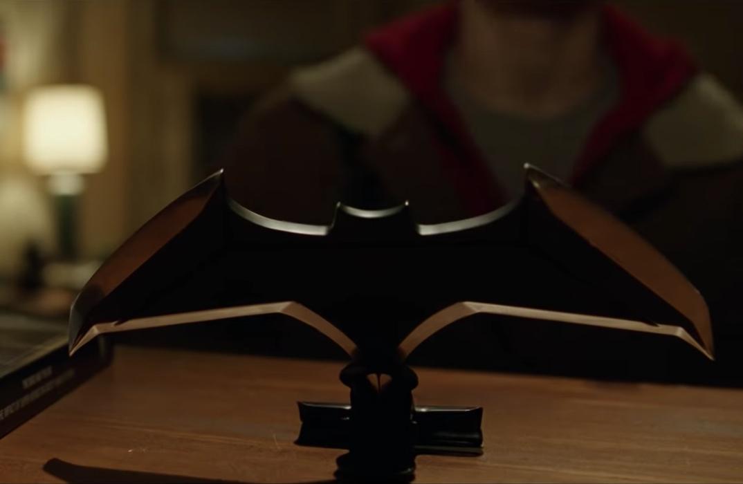 Batman batarang in Shazam! (2019)