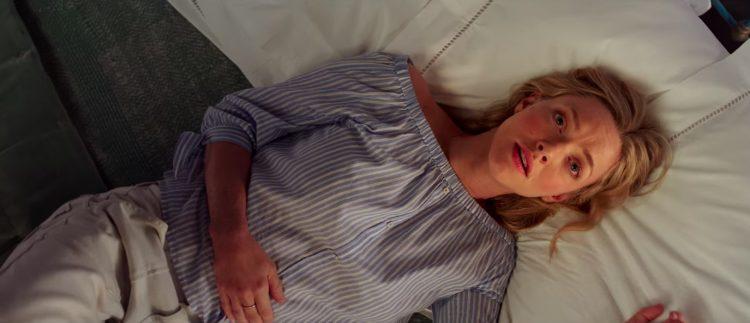 Blue Off Shoulder Shirt Amanda Seyfried in Mamma Mia ! Here We Go Again (2018)