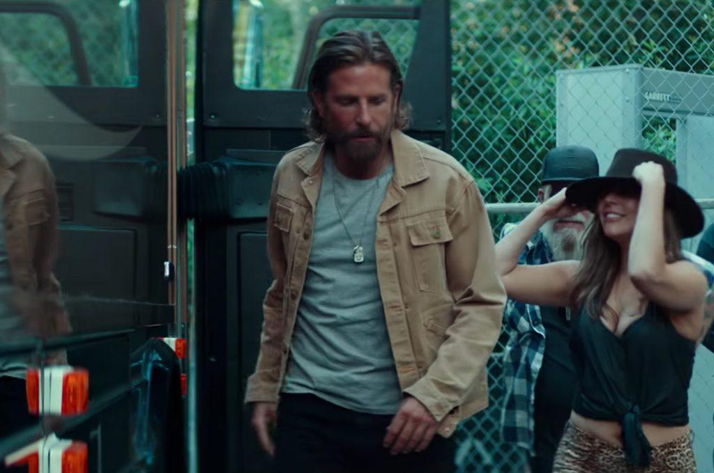 Khaki jacket Bradley Cooper in A Star Is Born (2018)