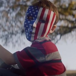 Stars and Stripes mask in Assassination Nation (2018)