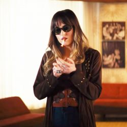 Sunglasses Dakota Johnson in Bad Times at the El Royale (2018)