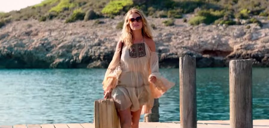 Sunglasses Lily James in Mamma Mia ! Here We Go Again (2018)