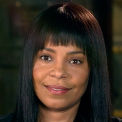 Sanaa Lathan products