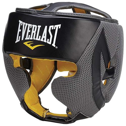Everlast headgear Kevin Hart in Night School (2018)