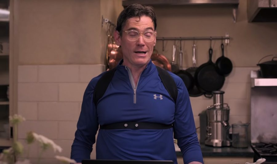 Blue pullover Billy Crudup in Where'd You Go, Bernadette (2019)