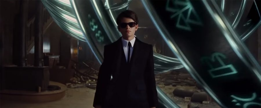 Black sunglasses Ferdia Shaw in Artemis Fowl (2019)