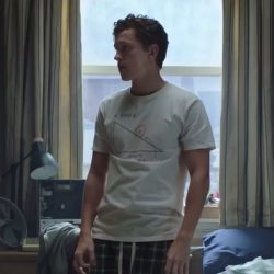 Find X T-shirt Tom Holland in Spider-Man: Far From Home (2019)