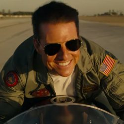 Sunglasses Tom Cruise in Top Gun: Maverick