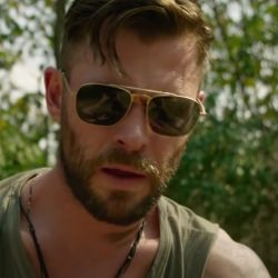 Sunglasses Chris Hemsworth in Extraction