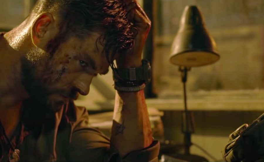 Wristwatch Chris Hemsworth in Extraction